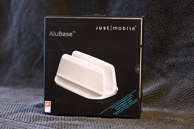 讓 MacBook 能悄然佇立的 Just Mobile AluBase by Jerry HSU